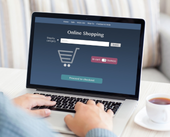 Online vs In-Store: How Packaging Attracts Customers